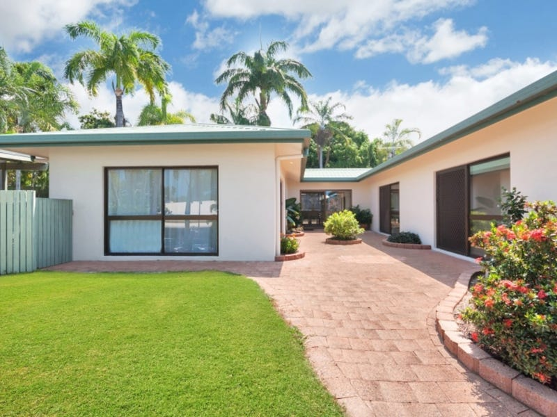 5 Spur Close, Clifton Beach, Qld 4879