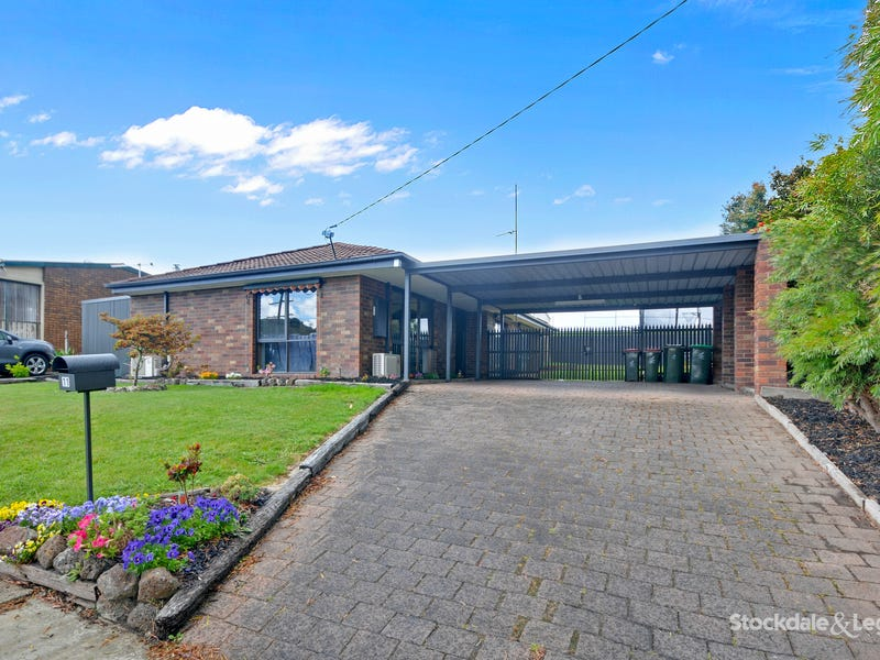 11 Canterbury Way, Churchill, Vic 3842