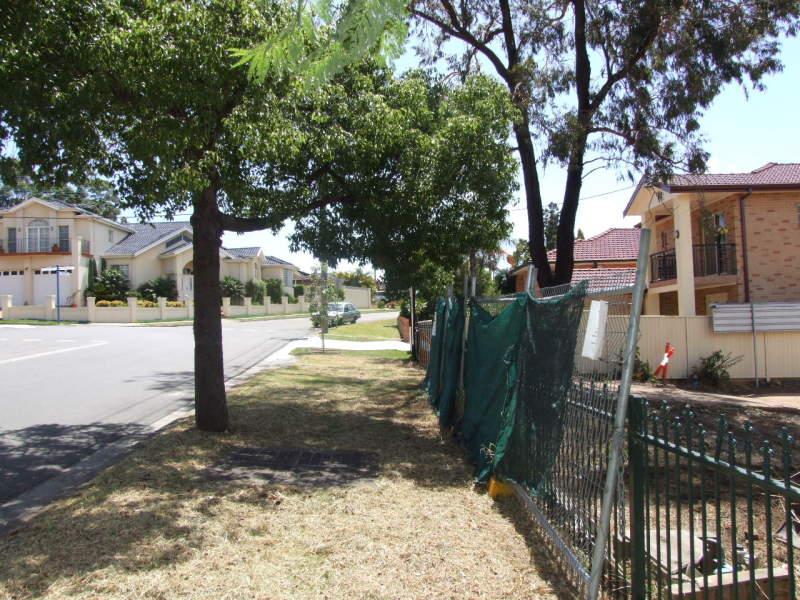 23 Penshurst Road, Roselands, NSW 2196