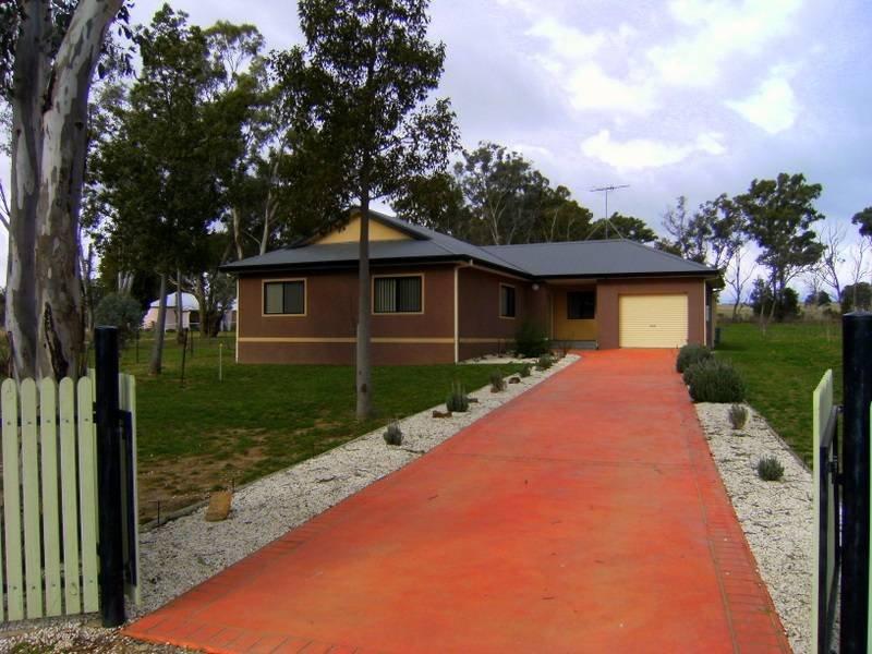 38 Victoria Street, Monteagle, NSW 2594