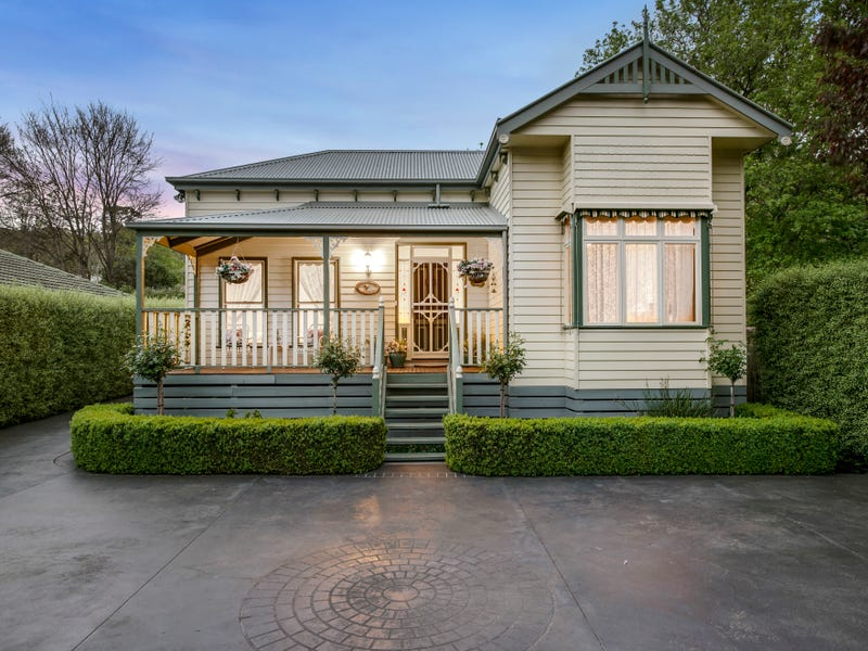 45 Rollings Road, Upper Ferntree Gully, Vic 3156