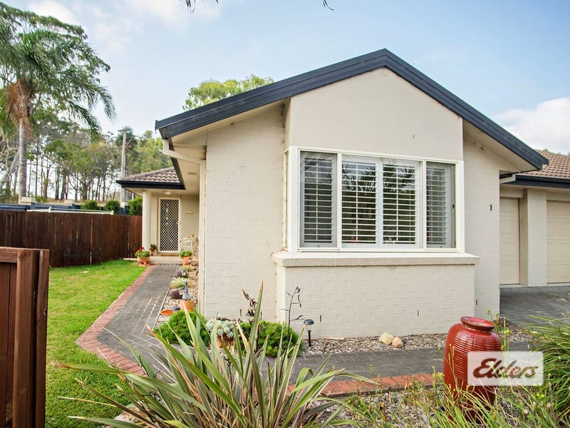 1/2 James Foster Drive, Black Head, NSW 2430