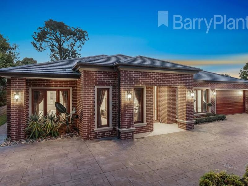323 Gallaghers Road, Glen Waverley