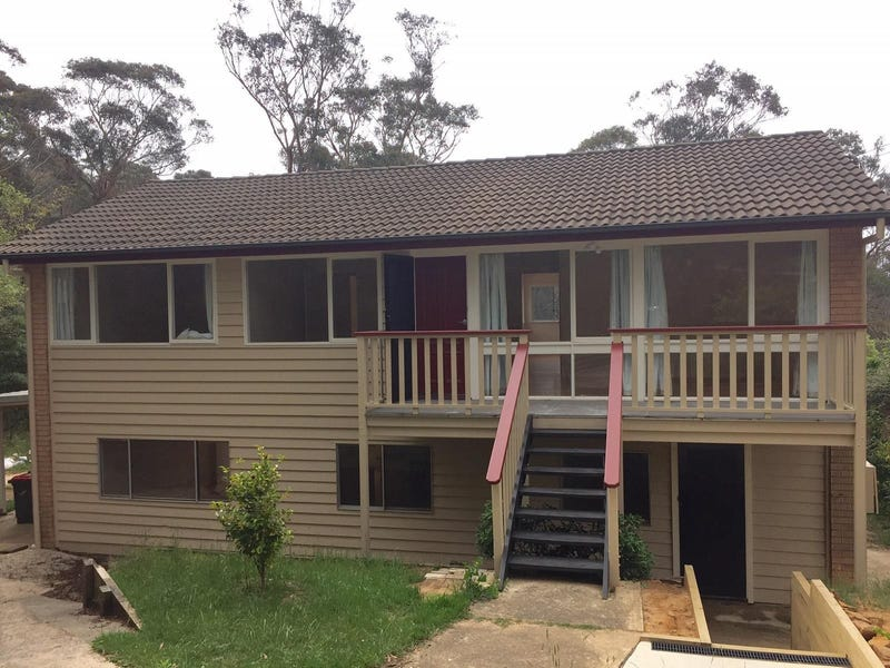 36 Panorama Crescent, Wentworth Falls, NSW 2782