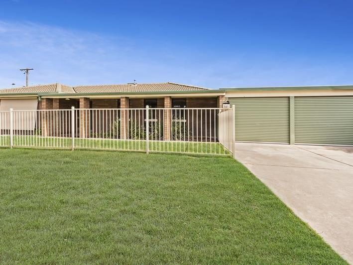 561 Iluka Cres, Lavington, NSW 2641