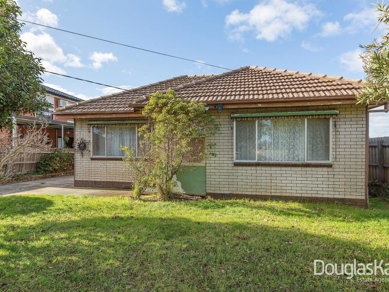 19 Blackmore Street, Sunshine North, Vic 3020