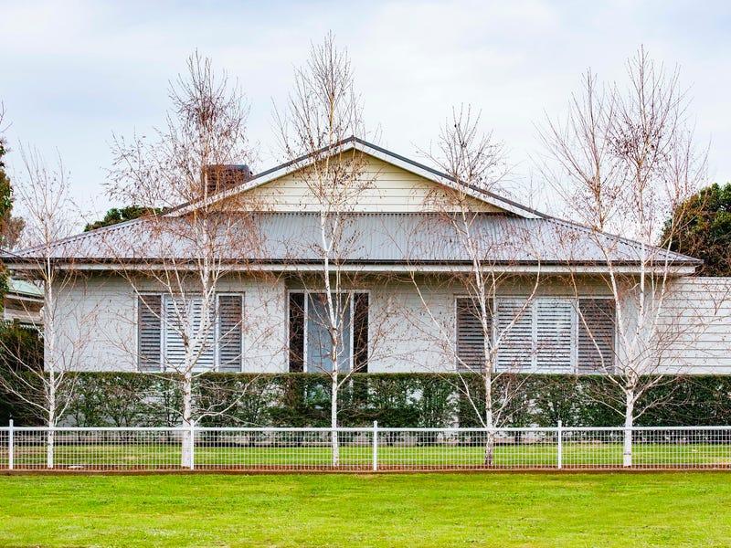 119 Kitchener Road, Temora, NSW 2666