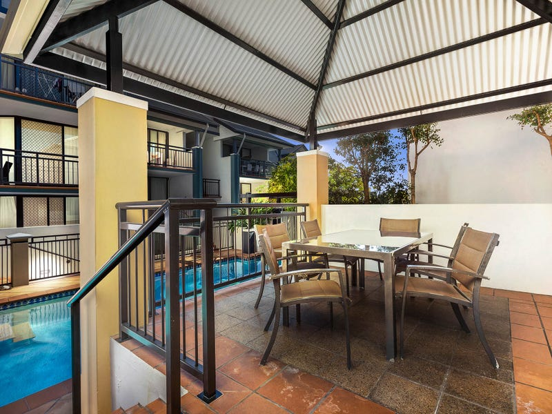 54/2 St Pauls Tce, Spring Hill, Qld 4000