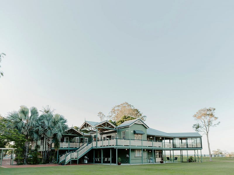 1587 Nudgee Road, Nudgee Beach, Qld 4014