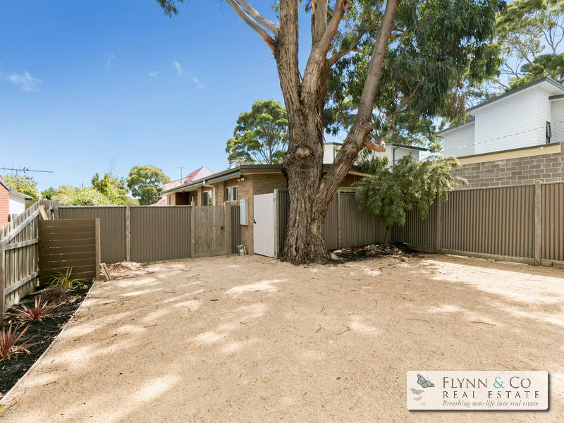 2 Bentley Road, McCrae, Vic 3938