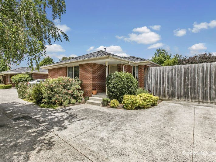 2/10 MILNER COURT, Cranbourne, Vic 3977