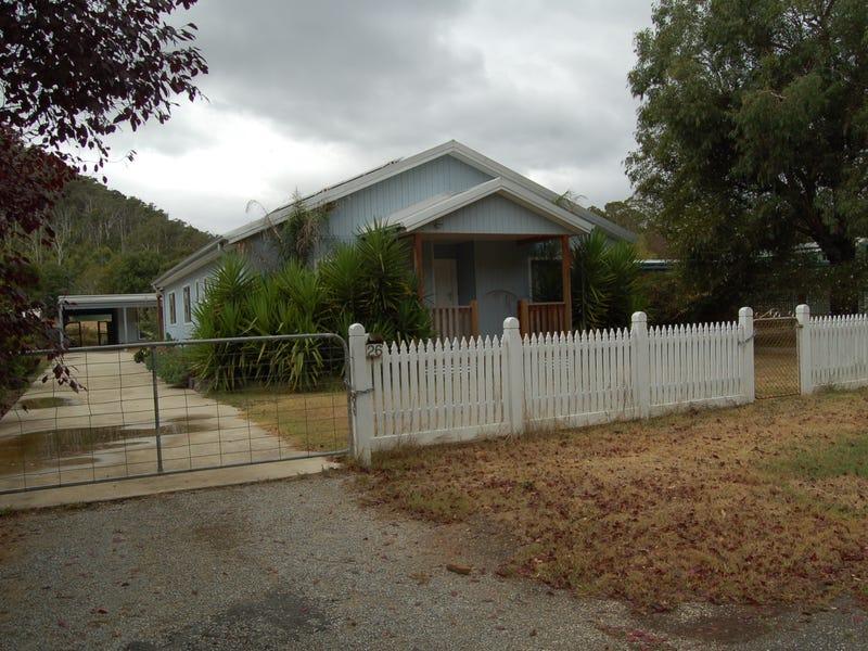 26 Riverside Crescent, Flowerdale, Vic 3717