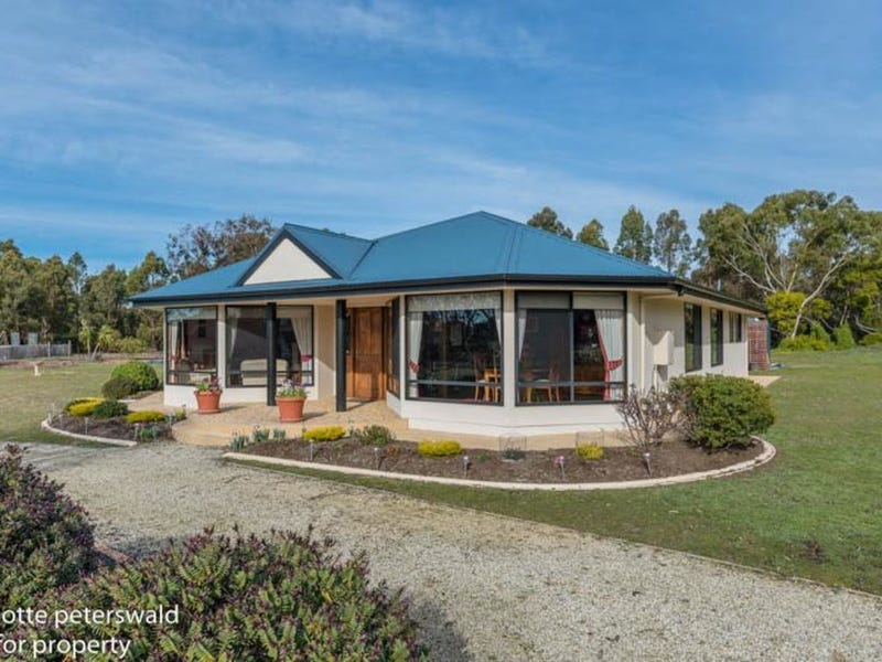68 Bicheno Street, Clifton Beach, Tas 7020