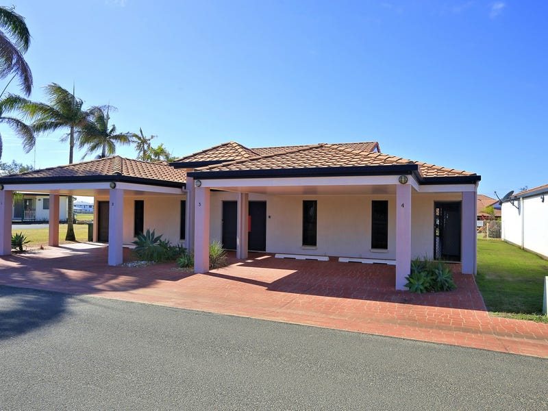 4/1 Pebble Beach Drive, Coral Cove, Qld 4670