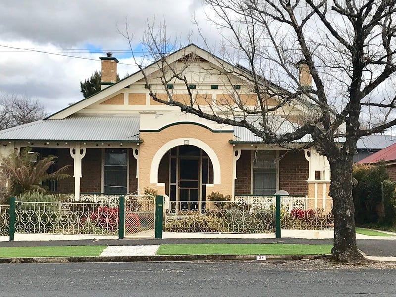 31 Clinton Street, Orange, NSW 2800