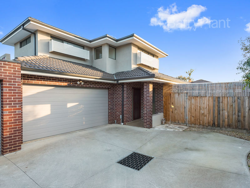 2/49 Allister Close, Knoxfield, Vic 3180