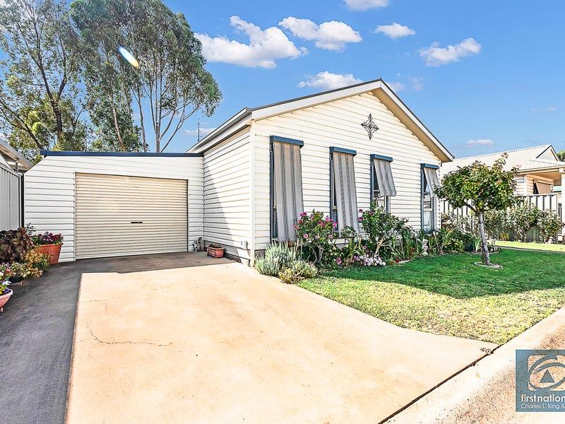 124 Swan Boulevard, Moama, NSW 2731