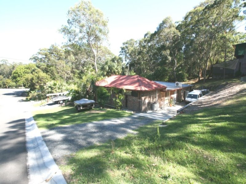 13 The Lakes Way, Elizabeth Beach, NSW 2428