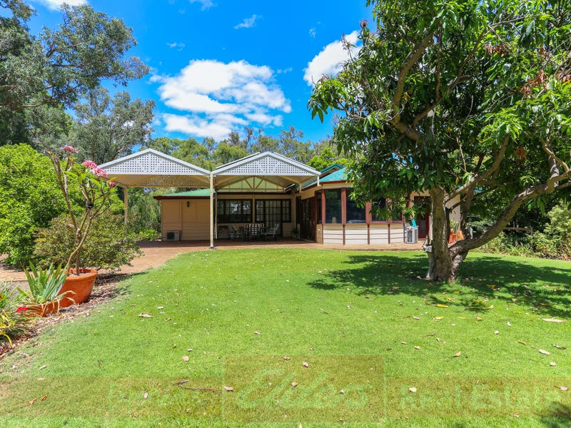 17 Colton Street, Roelands, WA 6226