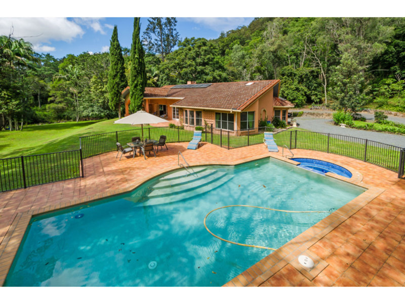 685 Guanaba Creek Road, Guanaba, Qld 4210
