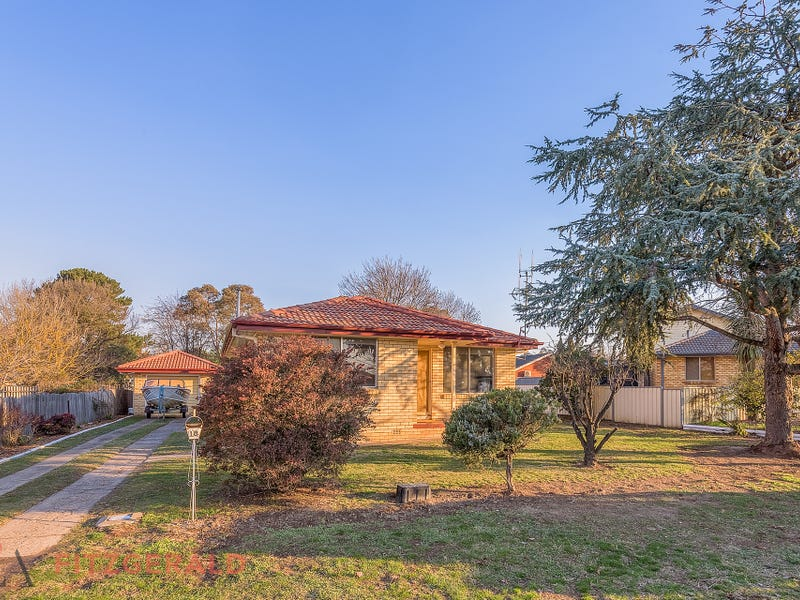 18 Stillingfleet Street, Blayney, NSW 2799