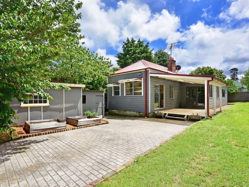 8 Mimosa Lane, Katoomba, NSW 2780