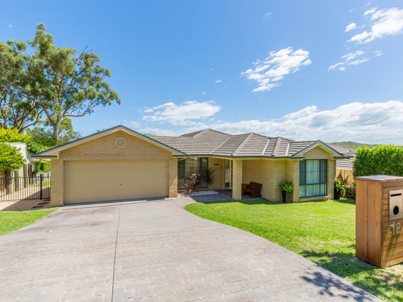 12 Corella Close, Fennell Bay, NSW 2283