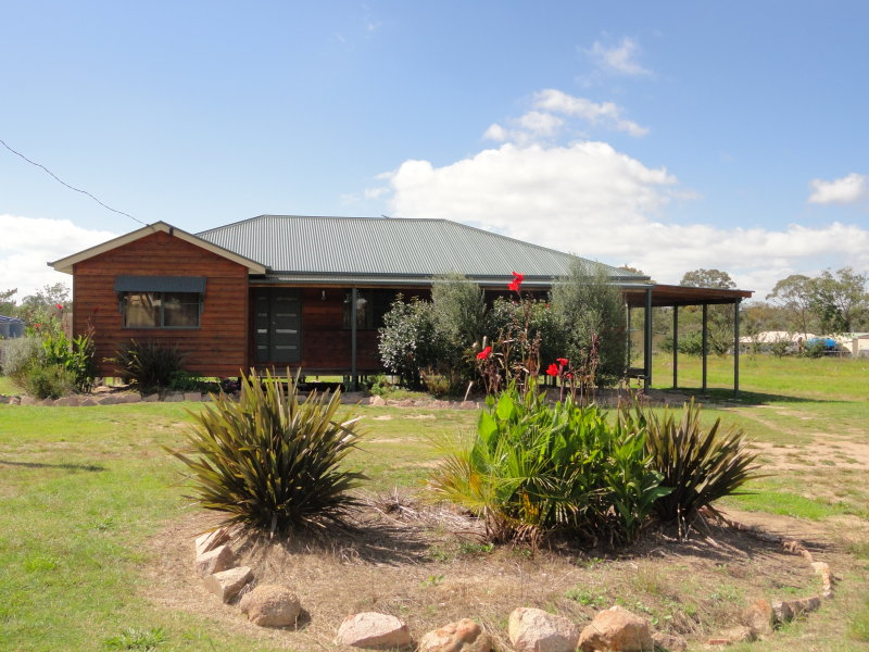 6 Old Warwick Road, Applethorpe, Stanthorpe, Qld 4380