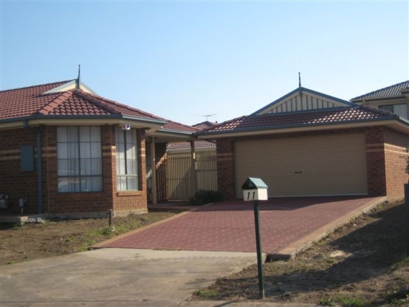 11 Glama Court, Roxburgh Park, Vic 3064