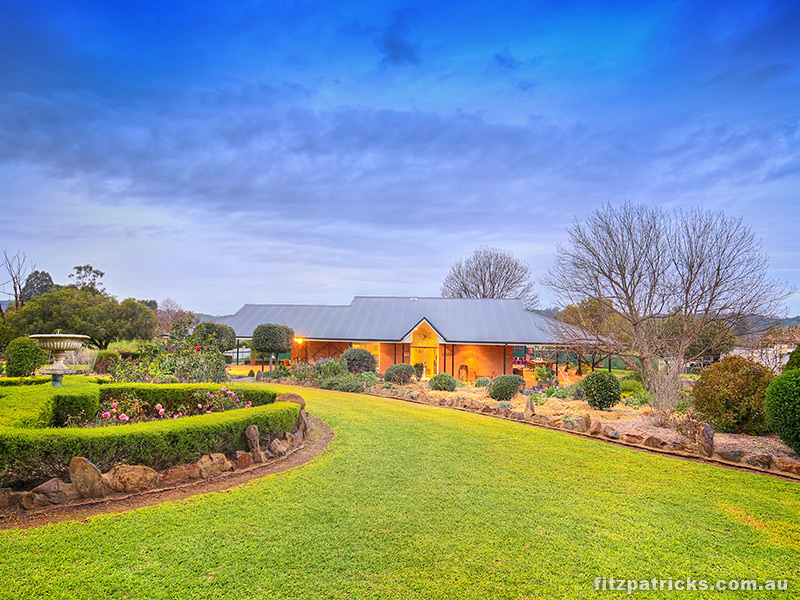 13 Norman Duck Avenue, San Isidore, NSW 2650