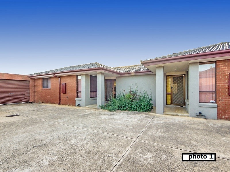 2/21 Esther Court, Seabrook, Vic 3028