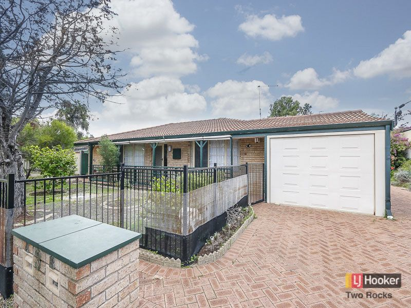 3A Charnwood Place, Two Rocks, WA 6037