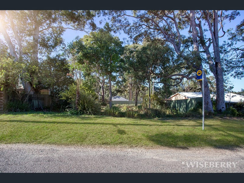 24 Elabana Avenue, Chain Valley Bay, NSW 2259
