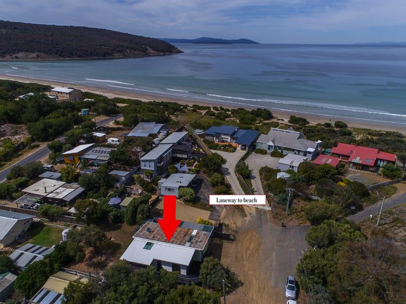 12 Ocean Gr, Carlton, Tas 7173