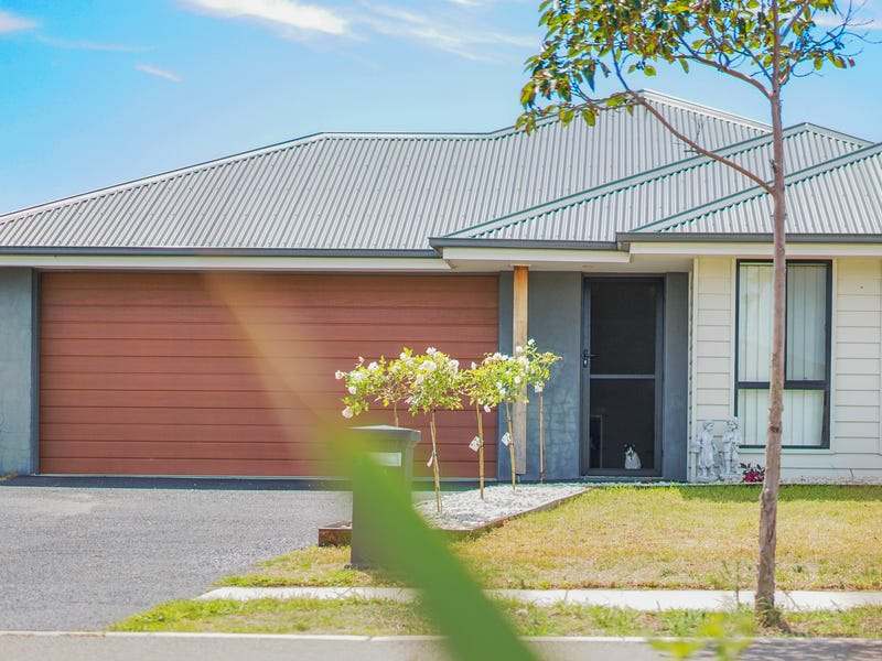 41 Seaside Boulevard, Fern Bay, NSW 2295