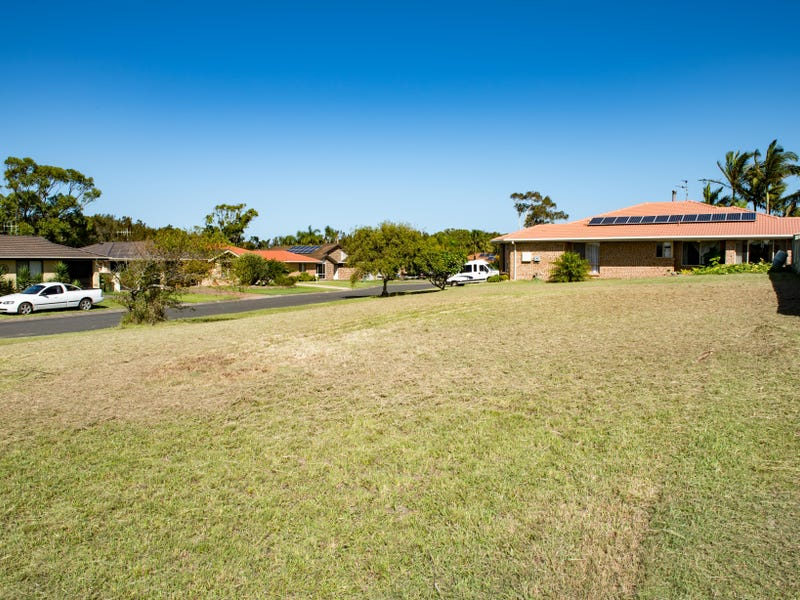 84 Myall Drive, Forster, NSW 2428