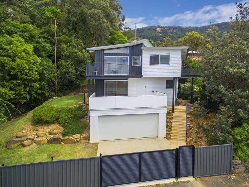 584-586 Lawrence Hargrave Drive, Wombarra, NSW 2515