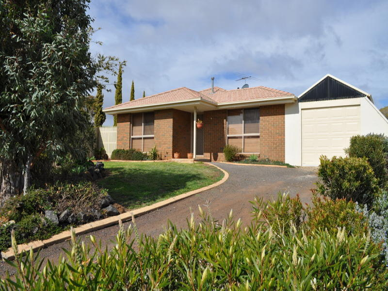 7 Chicquita Court, Bacchus Marsh, Vic 3340
