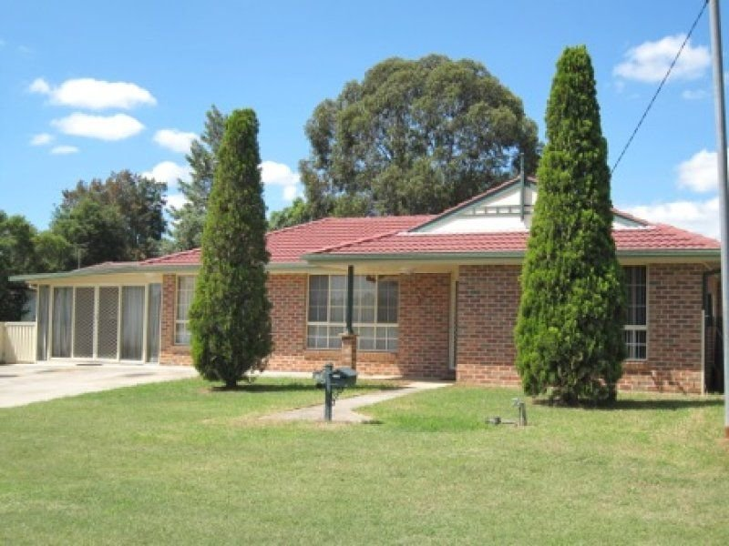27 Tomalpin Street, Kearsley, NSW 2325