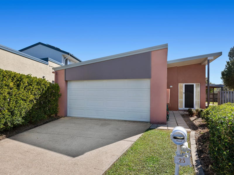 25 Norfolk Drive, Pacific Pines, Qld 4211