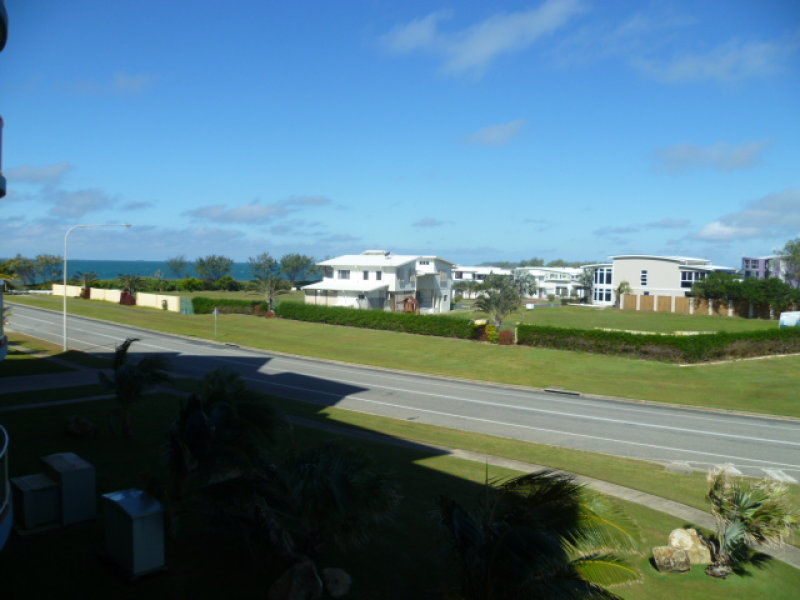 40/8 Breakwater Access Road, Mackay Harbour, Qld 4740