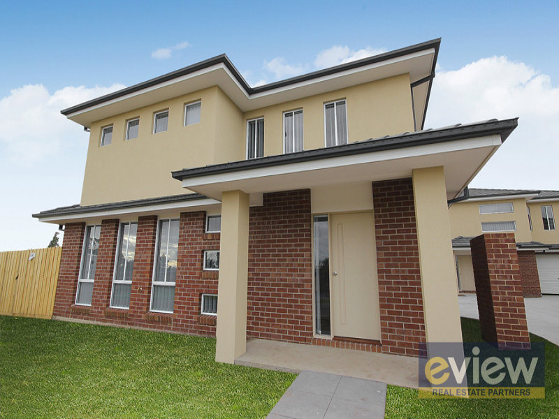 95 Oaktree Drive, Hampton Park, Vic 3976