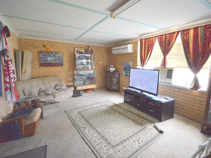 7 Neila Street, Cowra, NSW 2794