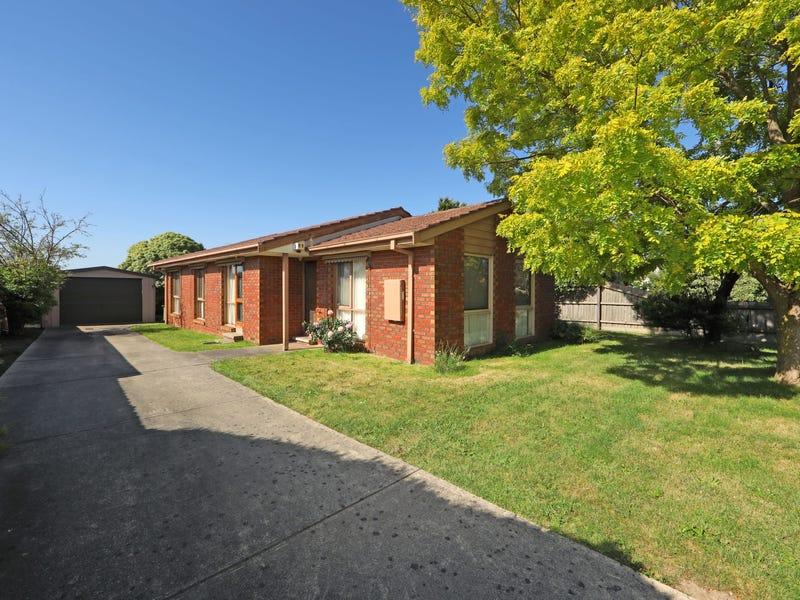 22 Fleetwood Drive, Narre Warren, Vic 3805