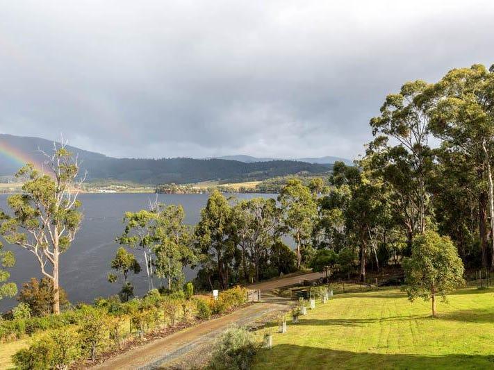 754 Cygnet Coast Road, Petcheys Bay, Tas 7109