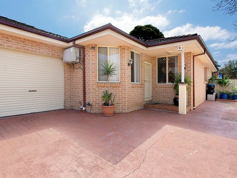 5/81 Cardigan Road, Greenacre, NSW 2190