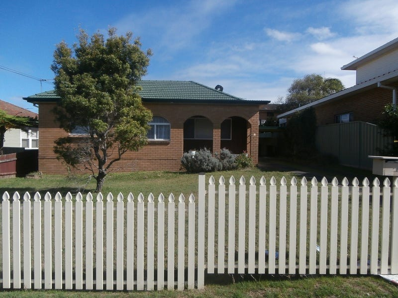 49 Old Taren Point Road, Taren Point, NSW 2229