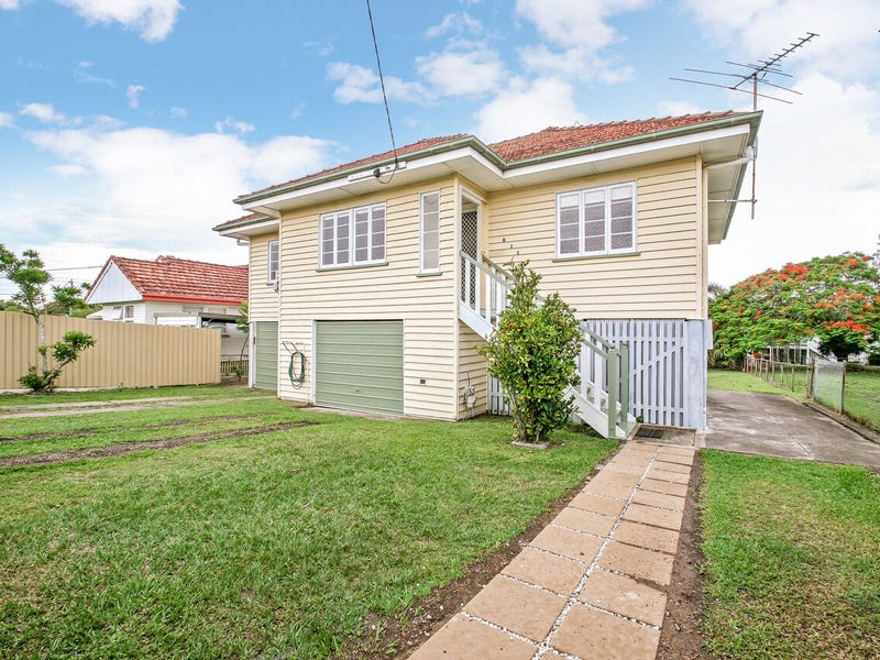 211 Pfingst Road, Wavell Heights, Qld 4012