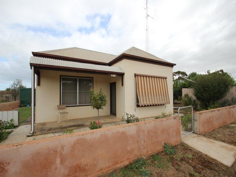 592 Lloyd Street, Moonta Mines, SA 5558