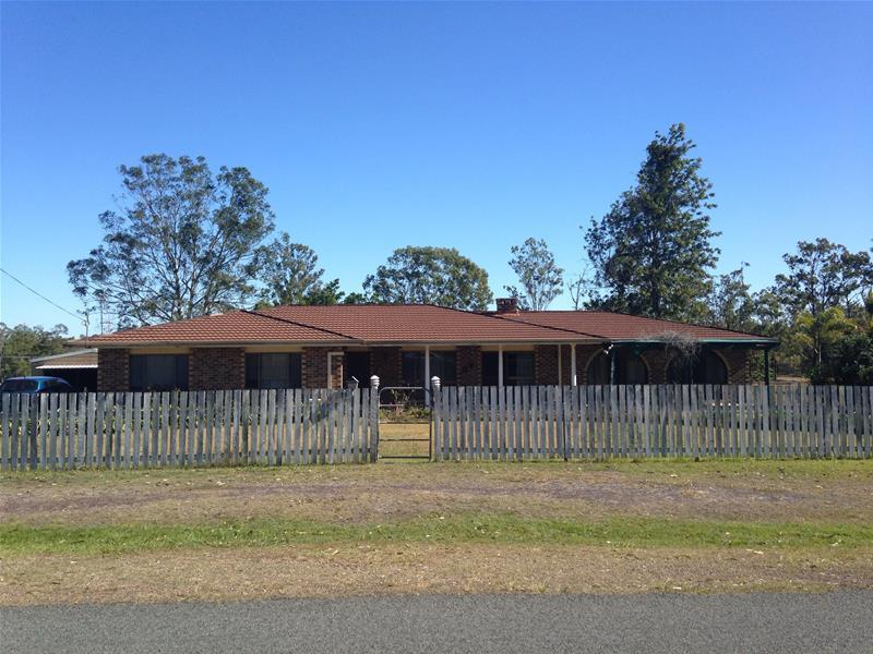 11 Neil Road, Maryborough West, Qld 4650
